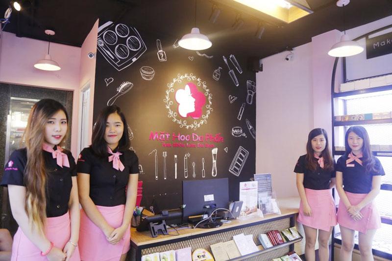 shop-my-pham-mat-hoa-da-phan-kemtrinamda
